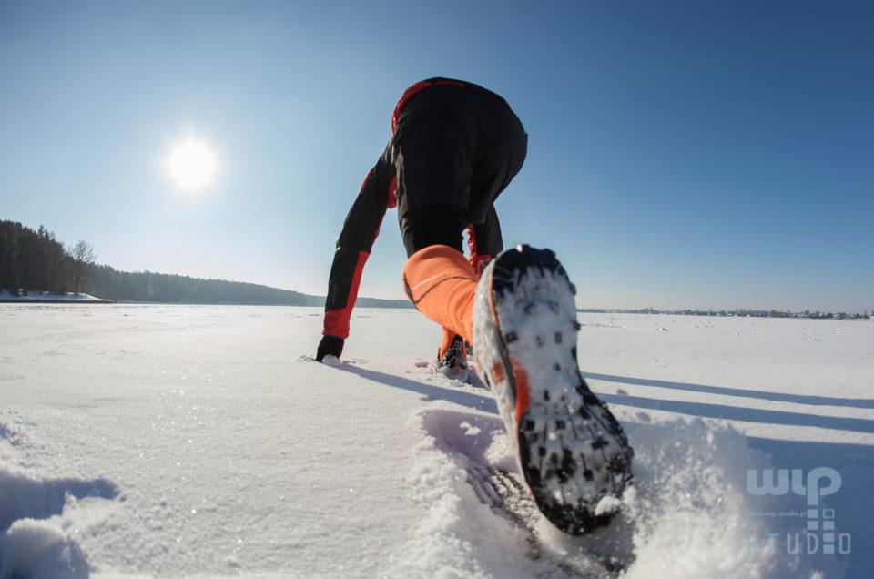Bieganie zimą – zdjęcia ilustracyjne