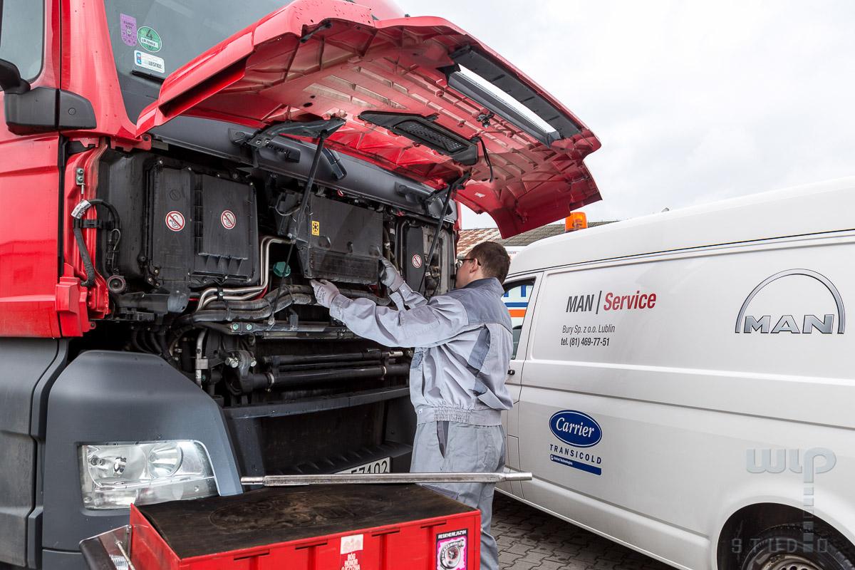 , Sesja dla firmy MAN Truck Service BURY Lublin, Studio Fotograficzne Lublin , Studio Fotograficzne Lublin