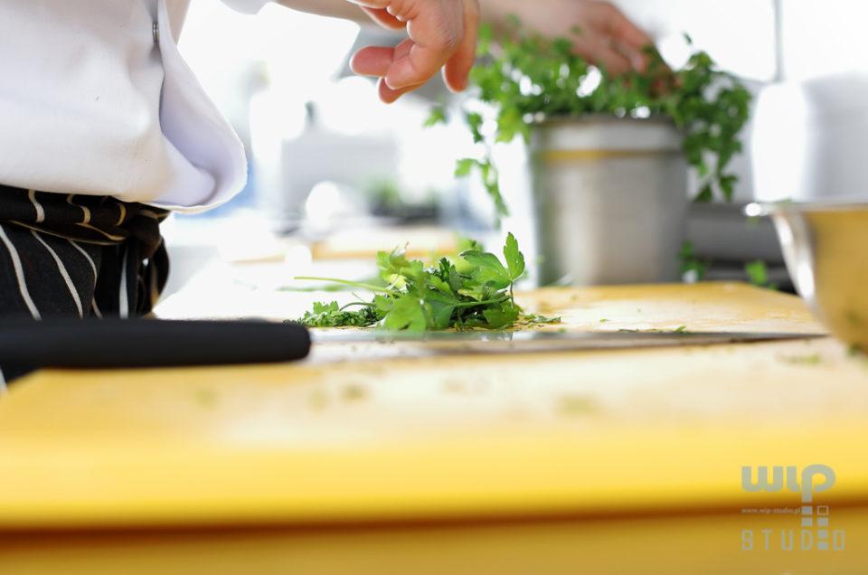 Profesjonalna kuchnia – fotografie ilustracyjne